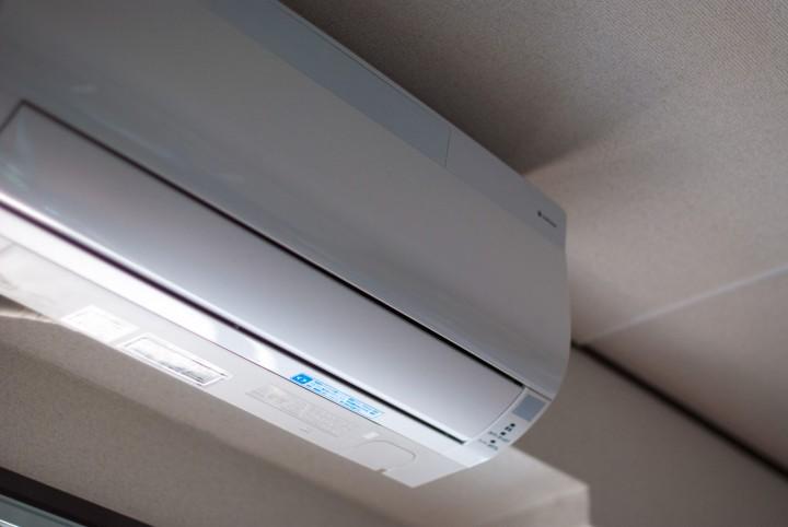 家庭用エアコンで水槽の水温を下げる