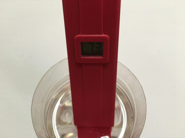 pHメーターの値を校正液で校正